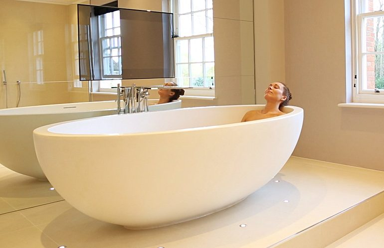 3 Ways how to Unclog your Bathtub